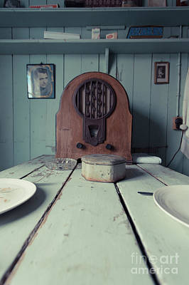 Photograph - Old Time Kitchen Table by Edward Fielding