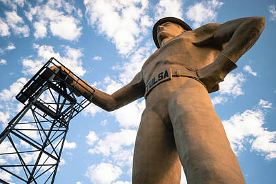 Photograph - Old Time Tulsa Driller Statue Art by Gregory Ballos