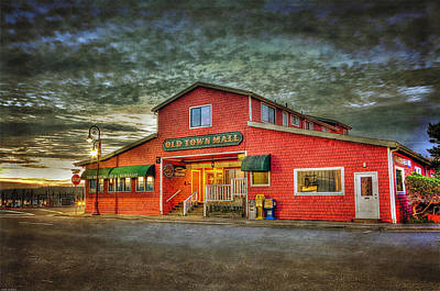 Photograph - Old Town Mall Bandon by Thom Zehrfeld
