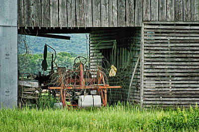 Old Tractor - Missouri - Barn Art Print by Nikolyn McDonald