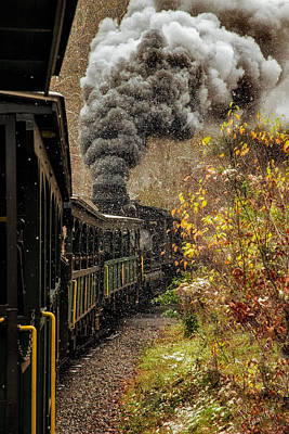 Linda King Photograph - Old Train 9378 by Linda King