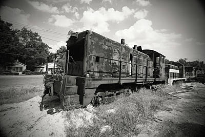 Photograph - Old Train Engine Bw by Joseph C Hinson Photography