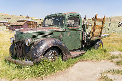 Photograph - Old Truck At The Ghost Town Of Bodie California Dsc4307 by Wingsdomain Art and Photography