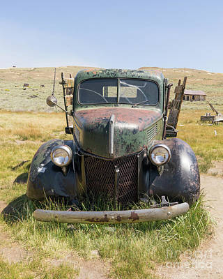 Photograph - Old Truck At The Ghost Town Of Bodie California Dsc4388 by Wingsdomain Art and Photography
