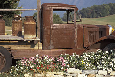 Photograph - Old Truck In Tennessee by Stan and Anne Foster