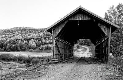 Photograph - Old Vermont Covered Bridge by Edward Fielding