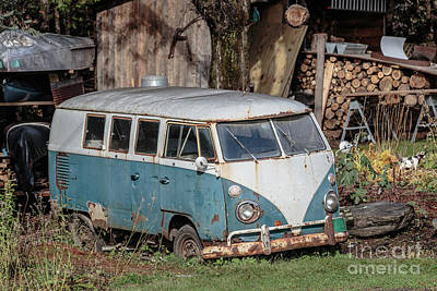 Abandoned Car Photograph - Old Vw Hippy Bus In Vermont by Edward Fielding