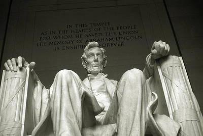 Photograph - Old Washington Photo - Abraham Lincoln Memorial by Art America Gallery Peter Potter