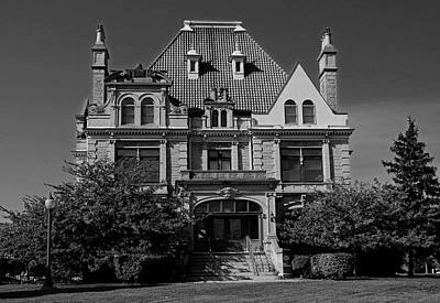 Photograph - Old West End Bartley Mansion by Michiale Schneider