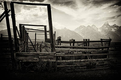 Cattle Chute Photograph - Old West Relics by Hugh Smith