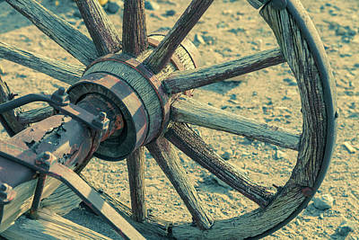 Photograph - Old Wheel by Jonathan Nguyen