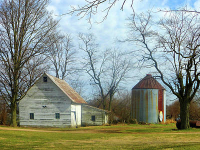 Photograph - Old White Barn by Tina M Wenger