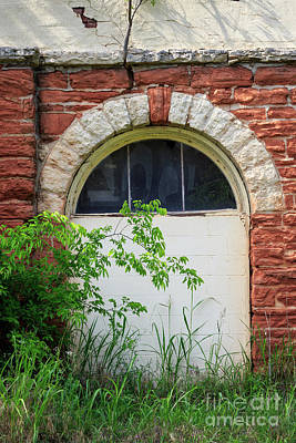 Photograph - Old Window by Richard Smith