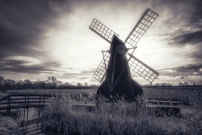 Photograph - Old Windpump In Mono by James Billings