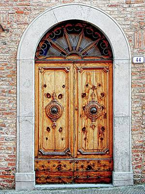 Photograph - Old Wooden Door Citta Della Pieve 1 by Dorothy Berry-Lound