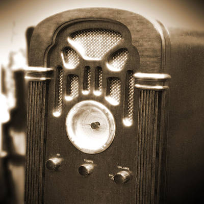 Mike Photograph - Old Wooden Radio by Mike McGlothlen