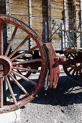 Old Wooden Wagon Painting - Old Wooden Wagon by Iguanna Espinosa