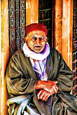 Photograph - Old Worshiper by Rick Bragan
