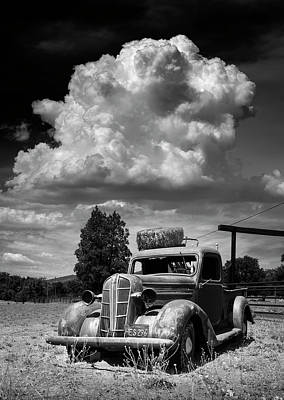 Photograph - Old Wynola Dodge by William Dunigan