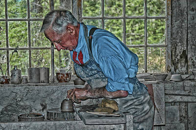 Photograph - Olde Time Potter by Mike Martin