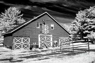 Photograph - Olde Towne Barn by John Rizzuto