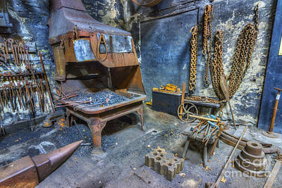 Photograph - Olde Vintage Workshop by Ian Mitchell