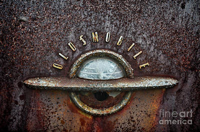 Photograph - Olds Rust by Randy Rogers