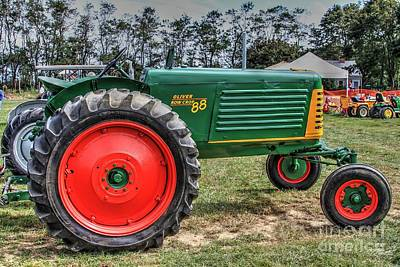 Oliver Tractor Photograph - Oliver Tractor Row Crop 88 Li.ny by Terry McCarrick