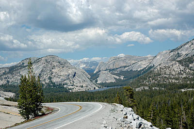 Mountains Photograph - Olmsted View Down The Road To The Lake by LeeAnn McLaneGoetz McLaneGoetzStudioLLCcom