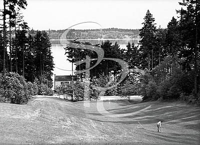 Photograph - Olympia Country Club 18th Hole by Merle Junk
