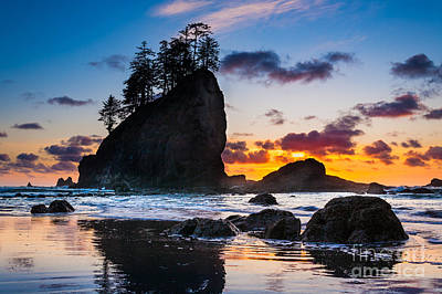 Olympic National Park Photograph - Olympic Sunset by Inge Johnsson