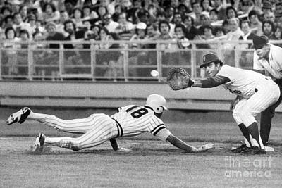 Omar Moreno Attemps To Steal But Makes It Back To First. 1977 Art Print by William Jacobellis