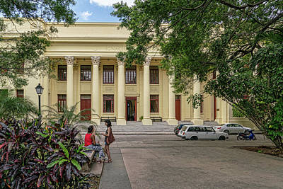 Photograph - On Campus Havana by Sharon Popek