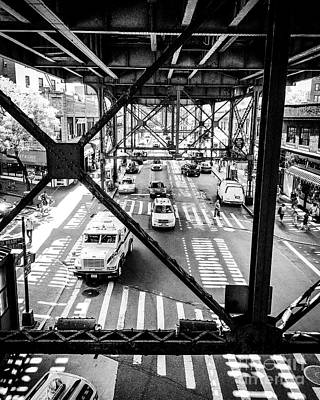 Photograph - On The Go In Queens, Ny by JMerrickMedia
