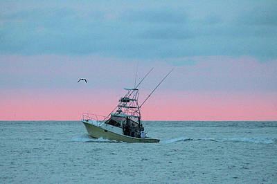 Photograph - On The Ocean At Dawn by Robert Banach