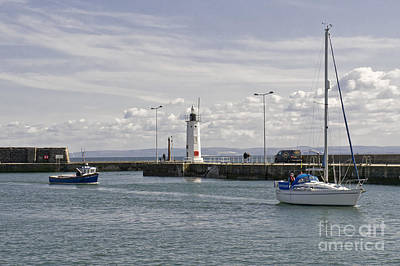 Anstruther Photograph - On The Way Home by Elena Perelman