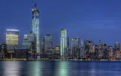 World Trade Center Digital Art - One World Trade Center by Maye Loeser