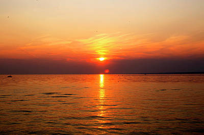 Photograph - Oneida Lake Sunset 5 by David Stasiak