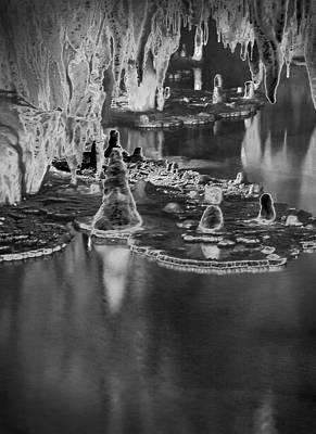 Photograph - Onondaga Cave 7 by Susan Garrett