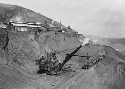 Open Pit United Verde Mine On Mountain Art Print by Everett