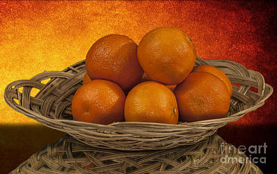 Photograph - Orange Basket by Shirley Mangini