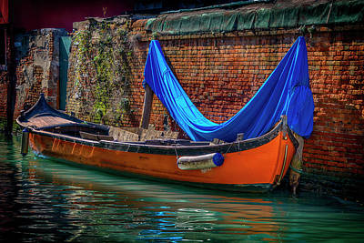 Photograph - Orange Boat With Blue Cover Venice_dsc4699_03032017 by Greg Kluempers