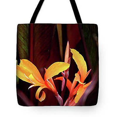 Photograph - Orange Gladiolus 2 - Tote by Gene Parks