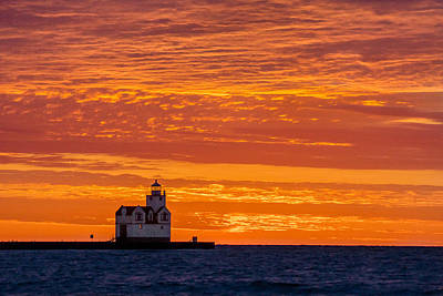 Photograph - Orange Overhead by Bill Pevlor