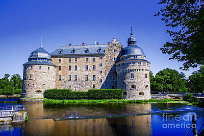 Photograph - Orebro Castle by Rick Bragan