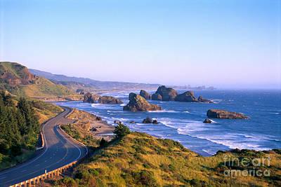 Oregon Coast Art Print by Greg Vaughn - Printscapes