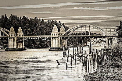 Digital Art - Oregon Draw Bridge by Georgianne Giese