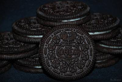 Photograph - Oreo Cookies by Rob Hans