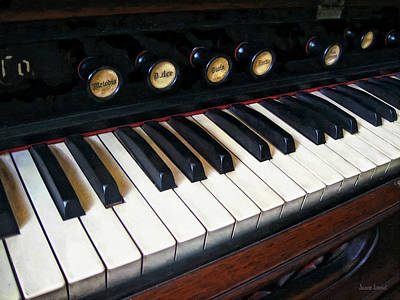 Photograph - Organ Keyboard Closeup by Susan Savad
