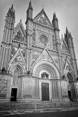Photograph - Orvieto Italy Cathedral Bw by Joan Carroll